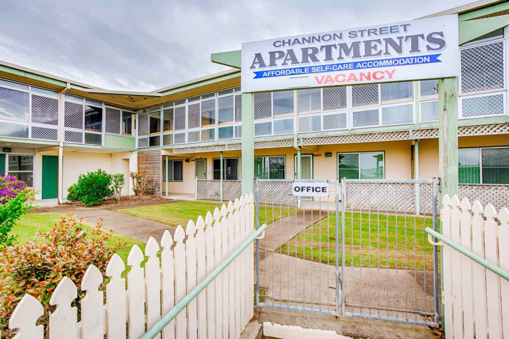 Self contained modern apartments located 5 minutes from the heart of Gympie  Fully furnished, air conditioned spacious (Single only) rooms in a safe and secure complex.  Minimum 1 month stay. Free Wi-fi, games and entertainment room, kitchens, laundry. Only a few left, these will let quickly. .Please phone 0484000390 for details.